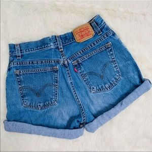 Levi's High Rise Waist Roll Up Denim Jean Short 8